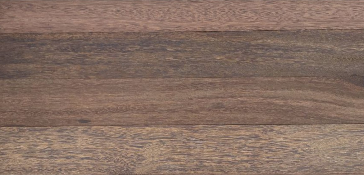 Parquet e piso de madeira maciça sem acabamento